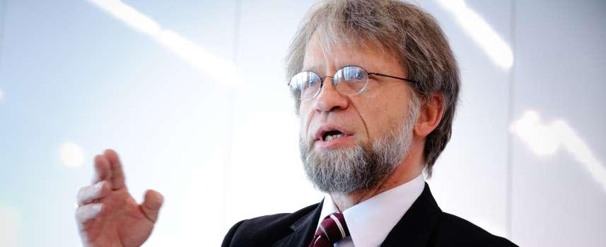 Antanas Mockus dictará conferencia en la von Humboldt