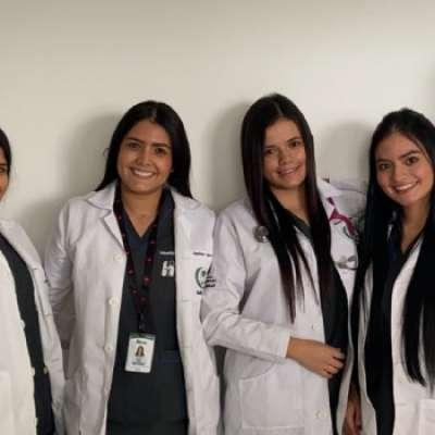 Universidad Alexander von Humboldtgraduó su primera promoción de Médicos