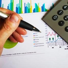 Proyecciones y riesgo financiero