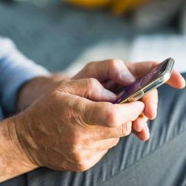Manejo del celular para adultos